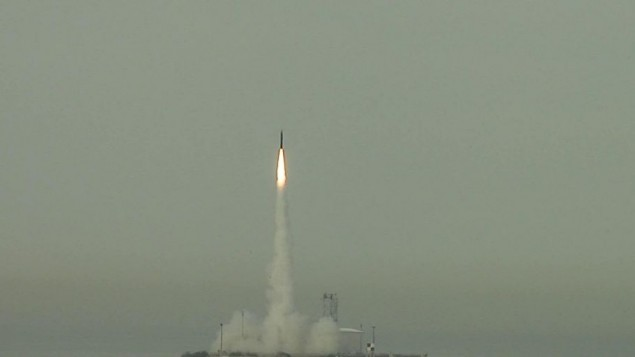 صاروخ سهم ٣ خلال اختبار (photo credit: CC BY-US Missile Defense Agency, Flickr)