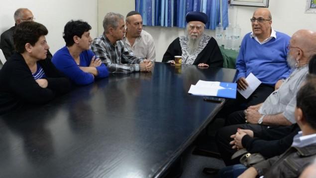 عائلات الثمانية ايرانيين المفقودين مع دافيد ميدان ٢٠ مارس ٢٠١٤ (مقدمة)