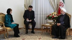 صورة مقدمة من المقع الرسمي للرئيس الايراني : (يمين)الرئيس الايراني حسن روحاني في لقاء مع وزيرة خارجية التحاد الاوروبي كاثرين اشتون في طهران 9 مارس 2014 (photo credit: AFP PHOTO / HO / PRESIDENT.IR)