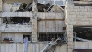 الانفجار في جيلو, يناير 20 اللذي ألحق بحياة 3 اشخاص والذي اوحي لعويسات بالفكرة ( فلاش 90)
