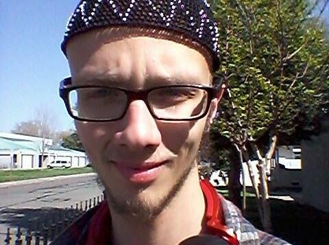 نيكولاس توسانت - 20 عاما (من صفحة الفيسبوك)