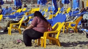 شاطئ تل ابيب صورة توضيحية (بعدسة سيرجي اتال/  فلاش 90)