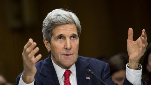 جون كيري، امام مجلس الشيوخ أمام لجنة الشؤون الخارجية في مجلس الشيوخ ٨ ابريل ٢٠١٤ (سيول ليوب /أ ف ب)