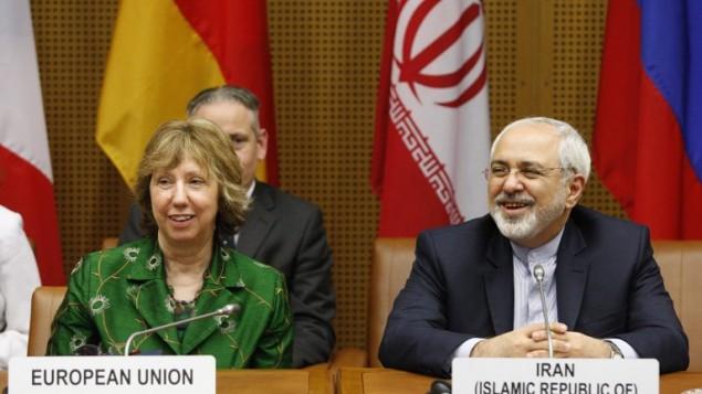 كاترين أشتون وجواد ظريف محمد في مقر الامم المتحدة في فيينا، في 8 أبريل، 2014. AFP