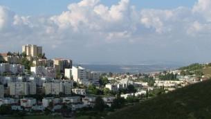 مدينة يوكنعام في الجليل الاسفل  (photo credit: Wikimedia Commons)
