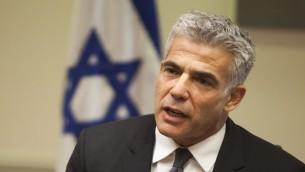 وزير المالية يائير لابيد فبراير ٢٠١٤ (فلاش ٩٠)