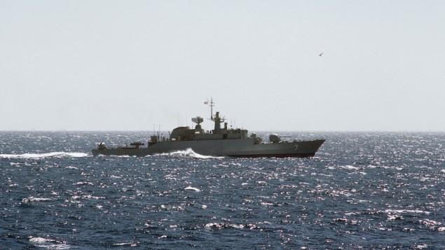 صورة توضيحية لسفينة حربية ايرانية  (photo credit: Alex Hicks, Wikimedia Commons)