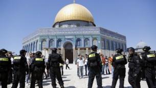 اشتباكات بين فلسطينيين والشرطة في الاقصى, سبتمبر الماضي (بعدسة سليمان خضر فلاش 90)