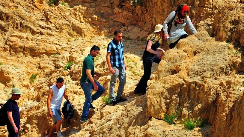 سير في وادي قيلت, جبال يهودا  (photo credit: copyright/Bruce Shaffer)