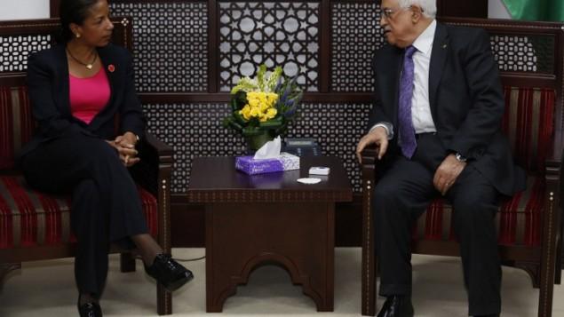 الرئيس الفلسطيني محمود عباس يلتقي مستشارة الأمن القومي الأميركي سوزان رايس في مدينة رام الله بالضفة الغربية يوم 8 مايو 2014. AFP PHOTO / MOHAMAD TOROKMAN