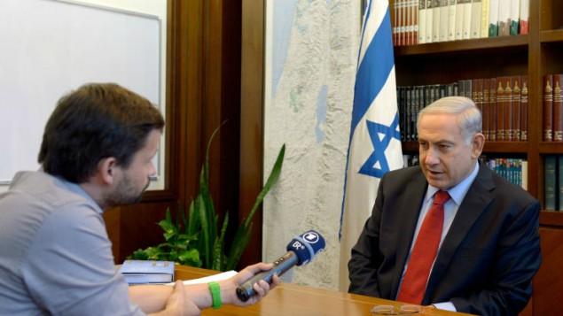 رئيس الوزراء يتحدث الى الصحافة الاجنبية في مكتب رئيس الوزراء يونيو 29, 2014. ( Haim Zach/GPO/FLASH90)