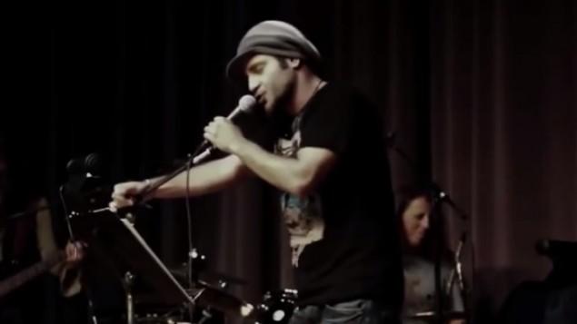 مغني الراب الايراني شاهين نجافي (من شاشة اليوتوب)