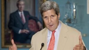 وزيرة الخارجية الامريكية جون كيري خلال مؤتمر صحفي مشترك مع وزير الخارجية الأوكراني  الثلاثاء، 29 يوليو، 2014 Paul J. Richards/AFP