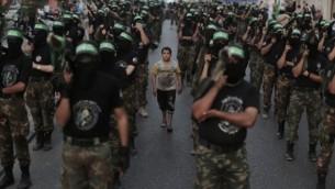 مسيرة لكتائب عز الدين القسام في غزة 2013 (فلاش 90)