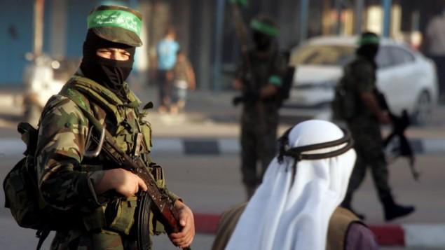 احد رجال كاتئب عز الدين القسام في غزة، مايو ٢٠١٤ (فلاش ٩٠)