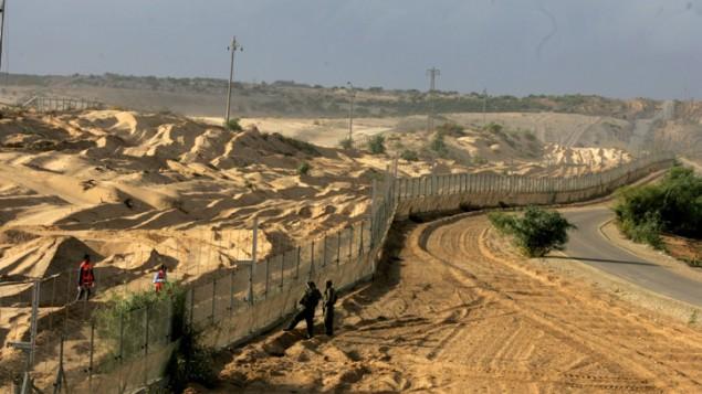 الحدود بين اسرائيل وغزة  Edi Israel/ Flash 90