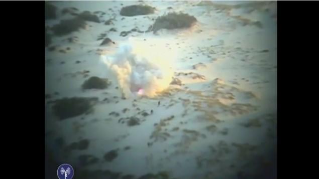 صورة شاشة من الفيديو الذي نشره الجيش الاسرائيلي يظهر المحاولة الفاشلة لاجتياح القاعدة العسكرية  في زيكيم (مقدمة من الجيش الاسرائيلي)