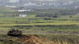 دبابة تشرف على غزة، صورة توضيحية Courtesy Yad L'shiryon