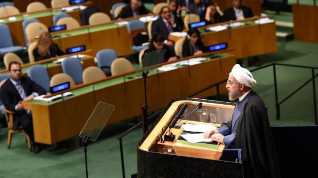الرئيس الايراني حسن روحاني امام الدورة 69 للجمعية العامة للأمم المتحدة 25 سبتمبر 2014 في الأمم المتحدة في نيويورك. AFP/Don Emmert