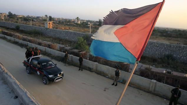 قوات الامن التابعة لحماس غند الحدود مع غزة 2013 (عبد الرجيم خطيب/ فلاش 90)