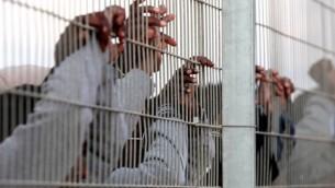 لاجئون افارقة  في اسرائيل 17 فبراير 2014  (فلاش 90)