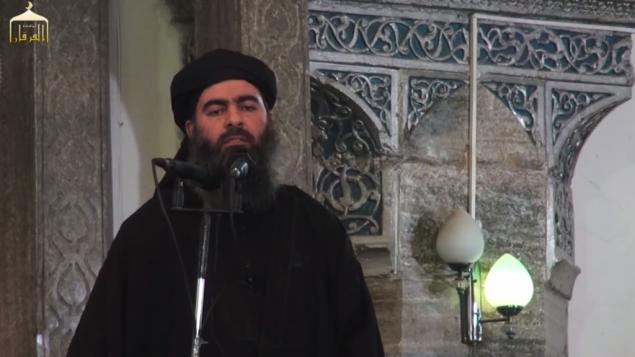 ابو بكر البغدادي في مسجد في الموصل (من شاشة اليوتوب)