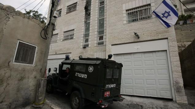 بيت يهوناتان، المبنى الذي حصل عليه يهود في حي سلوان الفلسطيني ( عبير سلطان / فلاش 90)