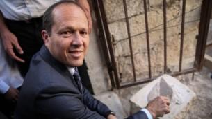 رئيس بلدية القدس نير بركات، مايو 2014 (فلاش 90)