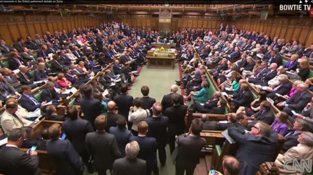 صورة شاشة للبرلمان البريطاني (يوتوب/ سي ان ان)