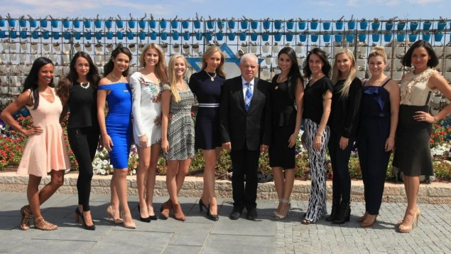 American beauty queens visit the Knesset, on October 2, 2014 (photo credit: courtesy)