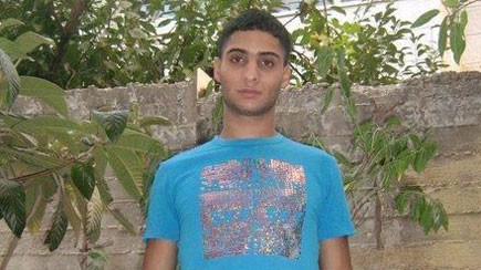 عبد الرحمن الشلودي، الذي قتل طفل وأصاب ثمانية آخرون في القدس بعد أن صدم سيارته في المشاة بالقرب من محطة القطار الخفيف 23 أكتوبر 2014 (تصوير: قناة 2)