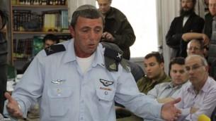 Chief Rabbi of the IDF Rabbi Rafi Peretz, February 23, 2012. (photo credit: Gershon Elinson/Flash90)