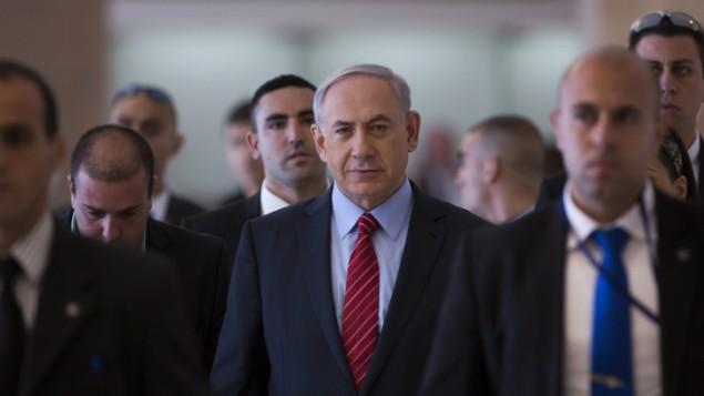 رئيس الوزراء بنيامين نتنياهو يقود اجتماع كتلة الليكود في الكنيست يوم 3 ديسمبر، 2014  Yonatan Sindel/Flash90