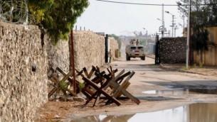 دوريات للجيش المصري على طول الحدود مع قطاع غزة  في بلدة رفح  4 نوفمبر، 2014 AFP/Mohamed El-Sherbeny