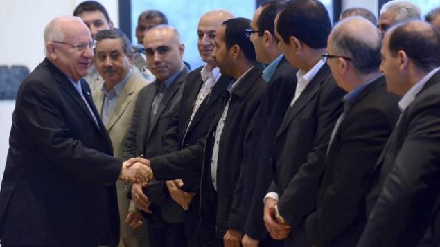 الرئيس الإسرائيلي رؤوفين ريفلين يلتقي رؤساء البلديات العربية في  مقر الرئيس في القدس، 2 فبراير 2015  Mark Neyman/GPO