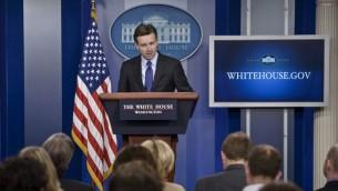 المتحدث باسم البيت الأبيض جوش ايرنست، 11 مارس 2015 (BRENDAN SMIALOWSKI / AFP)