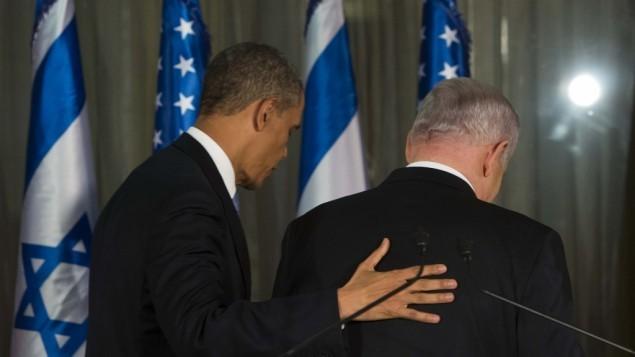 رئيس الوزراء الإسرائيلي بينيامين نتنياهو والرئيس الأمريكي باراك أوباما في نهاية مؤتمر صحفي مشترك في القدس في 20 مارس، 2013. (Yonatan Sindel/Flash90)