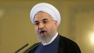 الرئيس الإيراني حسن روحاني خلال مؤتمر صحفي في طهران، 3 ابريل 2015 (ATTA KENARE / AFP)