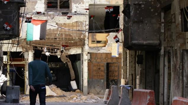 مخيم اليرموك للاجئين الفلسطينيين، 23 يونيو 2014 (LOUAI BESHARA / AFP)