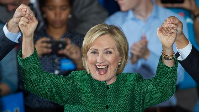 وزيرة الخارجية الأمريكية السابقة هيلاري كلينتون، 30 اكتوبر 2014 (AFP PHOTO/PAUL J. RICHARDS)