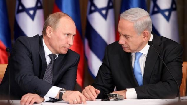 رئيس الوزراء بينيامين نتنياهو والرئيس الروسي فلاديمير بوتين في منزل نتنياهو في القدس في 25 يونيو، 2012. (Marc Israel Sellem/POOL/FLASH90)