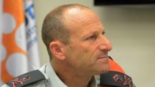 قائد الجبهة الداخلية المنتهية ولايته، الميجر جنرال  إيال آيزنبرغ. (Yossi Zeliger/FLASH90)