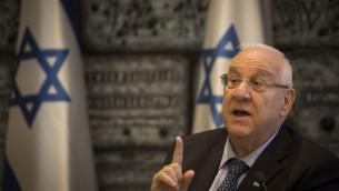 الرئيس رؤوفين ريفلين في بيت رئيس الدولة في القدس. (Hadas Parush/Flash90)