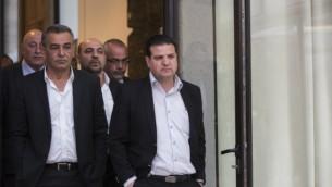 اعضاء القائمة العربية المشتركة في منزل الرئيس في القدس، 22 مارس 2015 (Yonatan Sindel/FLASH90)