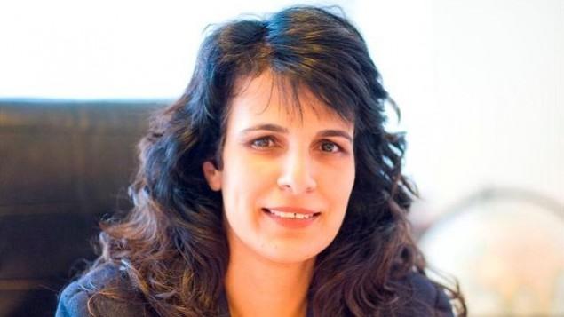 """رئيسة منظمة """"شورات هادين"""" المحامية نيتسانا درشان لايتنر(Courtesy Shurat HaDin)"""