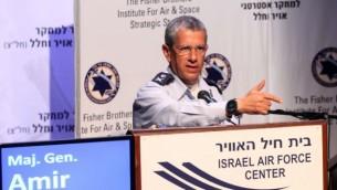 قائد سلاح الجو الإسرائيلي أمير إيشل. ( Sivan Farraj)