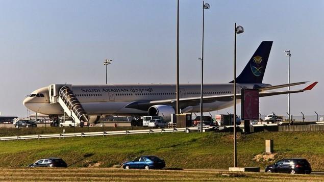 طائرة تابعة للخطوط الجوية السعودية في باريس (CC BY Wikipedia)