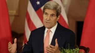 وزير الخارجية الأمريكي جون كيري في وزارة الخارجية الأمريكية في واشنطن العاصمة، 24 يونيو، 2015. (AFP Photo/ Chris Kleponis)