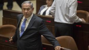 رئيس الوزراء بينيامين نتنياهو في الكنيست، 29 يونيو، 2015. (Hadas Parush/Flash90)
