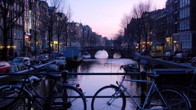قناة في أمستردام (Rachael Cerrotti/Flash90)